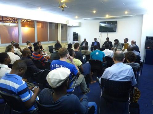 Table_Ronde. La photographie au Cameroun profession, pratiques_1